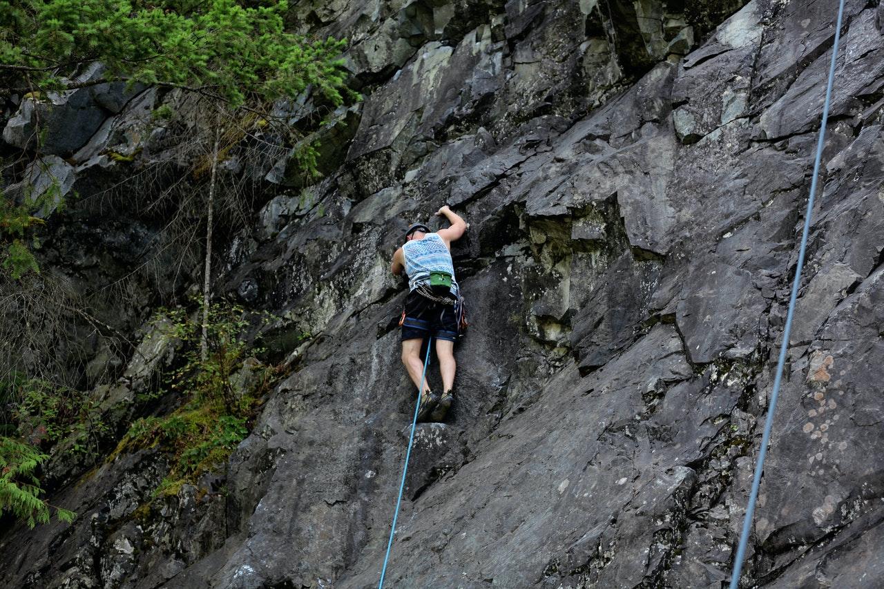 adventure challenge climb climber 1340510